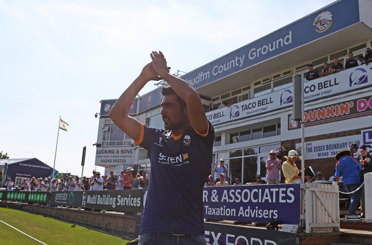 Essex Unveil New Signing Mohammad Amir