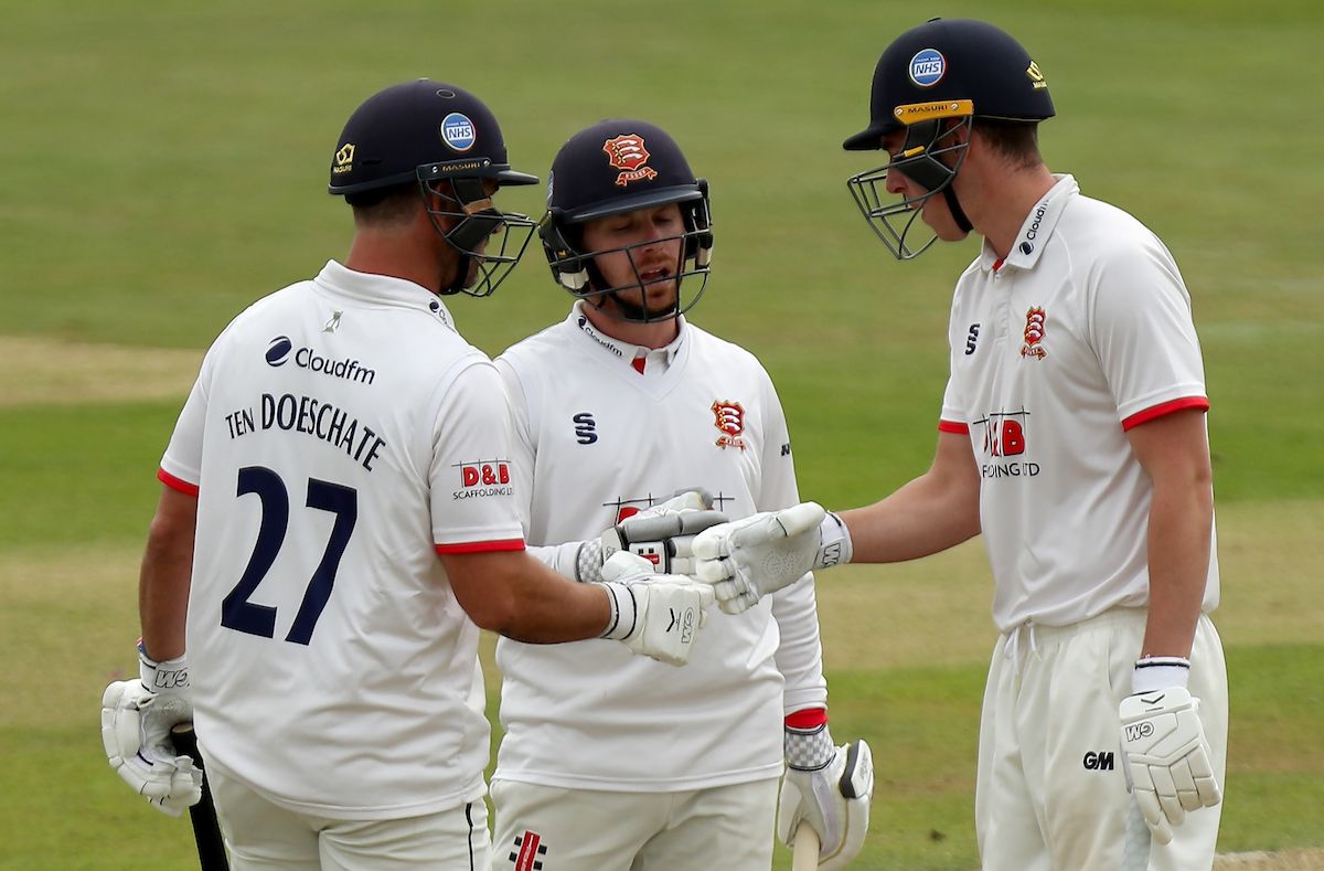 Essex v Middlesex – Bob Willis Trophy: Day 2